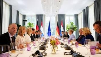 Merkel relativiert 30-Tage-Äußerung zum Brexit