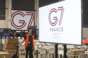Akkreditierung für 30 Personen: Nach Druck vor G7-Gipfel: Macron erlaubt Kritikern Zugang
