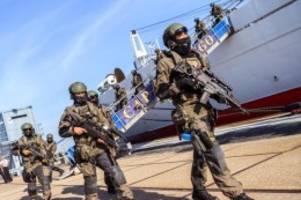 Militär: Polizei und Bundeswehr üben Terrorlage auf der Nordsee
