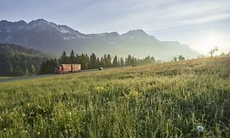 ÖVP: Höhere Steuer auf Lkw-Diesel  in Tirol