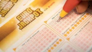 news von heute: eurojackpot geknackt: 90 millionen euro gehen nach skandinavien