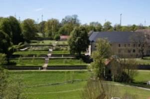 Handwerk und Kulinarisches: Größter Klostermarkt Europas lockt nach Dalheim