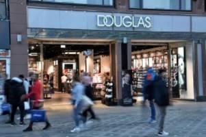 Parfümeriekette: Douglas schließt 70 Filialen: Läden in Deutschland betroffen