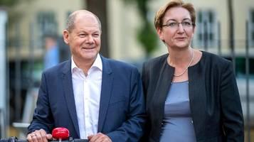 SPD-Kandidaten Olaf Scholz und Klara Geywitz: Offen für Bündnis mit Grünen und Linken im Bund