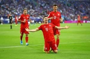 Bayern gegen Schalke : Lewandowski-Gala auf Schalke