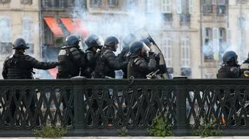 Bayonne: Gewalt bei Demonstration gegen G7-Gipfel in Frankreich