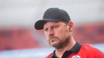 Fußball-Bundesliga: Baumgart erhält als erster Trainer die Gelbe Karte