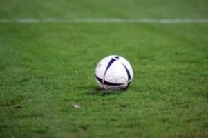 Fußball: VfB Lübeck gibt Tabellenführung in Fußball-Regionalliga ab
