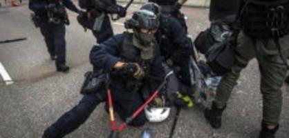 Proteste in Hongkong: Schweiz liefert Hongkong Gewehre und Munition