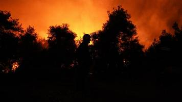 Südosteuropa: Zahlreiche Brände in Griechenland ausgebrochen – Hotels evakuiert