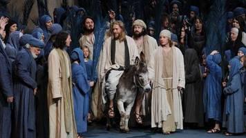 E-Scooter statt Esel: Tierschützer: Jesus sollte bei Oberammergauer Passionsspielen E-Scooter fahren
