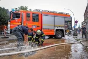 hamburg: elbchaussee abgesackt – verkehr in beide richtungen gesperrt