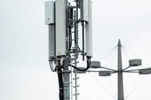 werbetrommel für 5g-speed: branche aktiviert neue masten