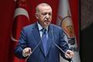 sinkende steuereinnahmen - türkische regierung stopft finanzlöcher mit zentralbankgeldern