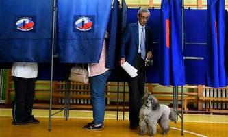 russland-wahlen: regierungspartei vorne, opposition darf hoffen
