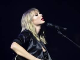 VIP-Konzert von Taylor Swift: Diesen Song habe ich in der Badewanne geschrieben
