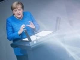 Generaldebatte im Bundestag: Merkel, erstaunlich vorwärtsgewandt
