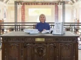 Hillary Clinton bei der Biennale: 62 000 Seiten ausgedruckter Skandal