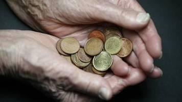 Studie der Bertelsmann Stiftung: Altersarmut in Deutschland droht zu wachsen - was dagegen helfen könnte