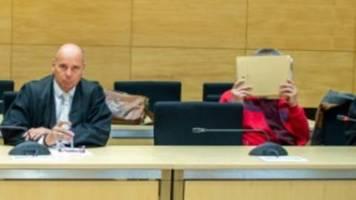 Physiotherapeut aus Bad Oeynhausen wegen Kindesmissbrauchs in Praxis vor Gericht