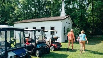 perpignan fotofestival: von nackten christen, schwerem leid und untragbaren zuständen