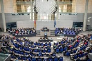 Etat des Innenministeriums: Bundestag setzt Haushaltsberatungen fort