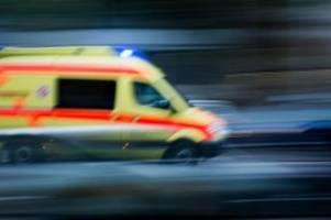 Unfälle: 19-jährige Radfahrerin wird von Auto angefahren