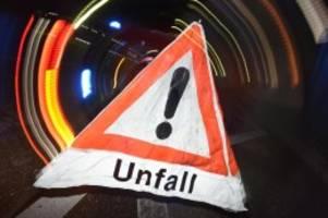 Unfälle: A7 nach Gefahrgutunfall stundenlang gesperrt