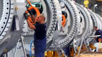 Konjunktur: Bundesregierung erwartet keine ausgeprägte Rezession