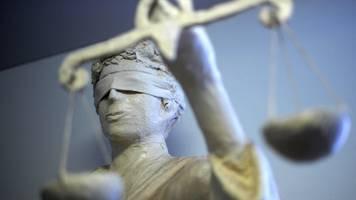 Vermieter vergiftet: Mutmaßlicher Mörder vor Gericht
