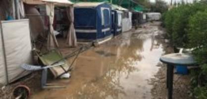 Campingplatz in Spanien evakuiert: «Wir mussten die Fenster einschlagen»