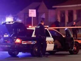 Polizei erschoss Unbeteiligten: Tödlicher Telefonstreich: 19-Jähriger in Haft