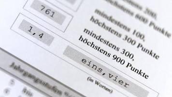 Kritik vom Hochschulverband: Bericht: Immer mehr Einser-Abiturienten
