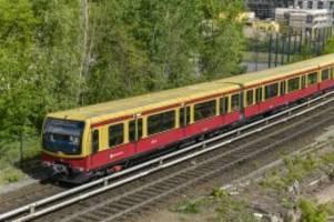 Nahverkehr: S2: Ersatzverkehr mit Bussen bis Dienstag verlängert
