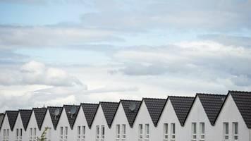 Finanzierung: Zinsen für Immobilienkredite nähern sich der Null-Marke