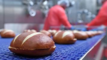 Beliebte Brezeln: Großbäcker Ditsch erweitert Produktion