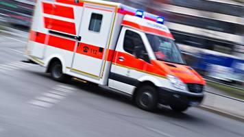 zwölfjähriger mit rad von bus erfasst: sieben verletzte