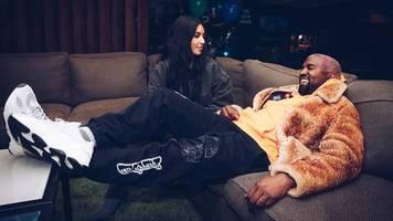 Modisches No-Go oder neuer Trend?: Kanye West plant einen neuen Schuh: An den Yeezy Crocs scheiden sich auf Twitter die Geister