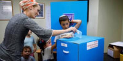 "Parlamentswahl in Israel: ""Bibi"" oder Blau-Weiß?"