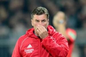 2. Liga: HSV-Trainer bleibt nach Niederlage gegen St. Pauli ruhig