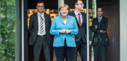 Merkel lädt zum unangekündigten Libyen-Gipfel ins Kanzleramt