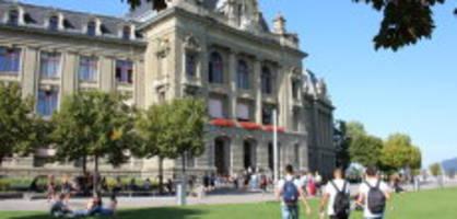 Semesterstart an der Uni Bern: Kaum einer weiss, wohin die Reise gehen soll