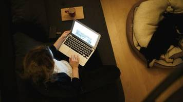 AOK-Umfrage: Wer Homeoffice macht, arbeitet konzentrierter