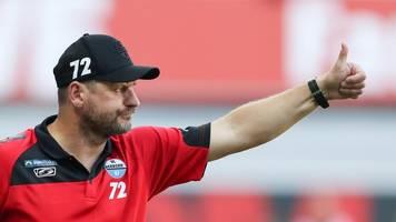 Bundesliga: Paderborns Trainer schaut selbstbewusst aufs Bayern-Spiel