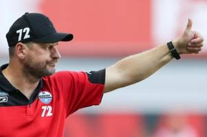 Paderborns Trainer schaut selbstbewusst aufs Bayern-Spiel