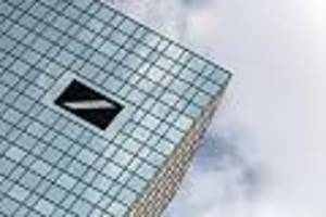 """Bewegung beim größten deutschen Geldhaus - """"Die Hoffnung stirbt zuletzt"""": Deutsche Bank im Fokus"""