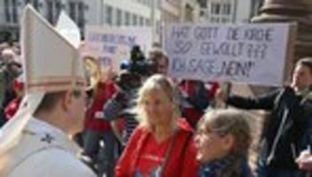 katholische kirche: maria 1.0 fordert ende der initiative maria 2.0