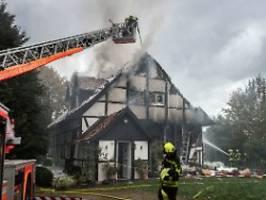 Zwei Schwerverletzte: Haus wohl wegen Zwangsräumung gesprengt
