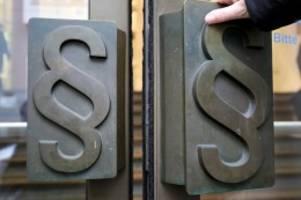 Prozess in Bonn: Cum-Ex-Skandal: Angeklagter will umfassend aussagen