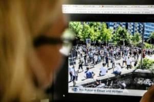 Prozess: Gericht: Polizei durfte Demo-Fotos nicht auf Facebook posten
